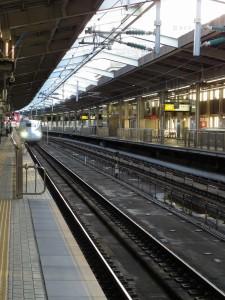 【恋愛心理テスト】 ホームにて電車を待つ